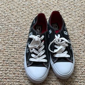One direction converse shoes size 10